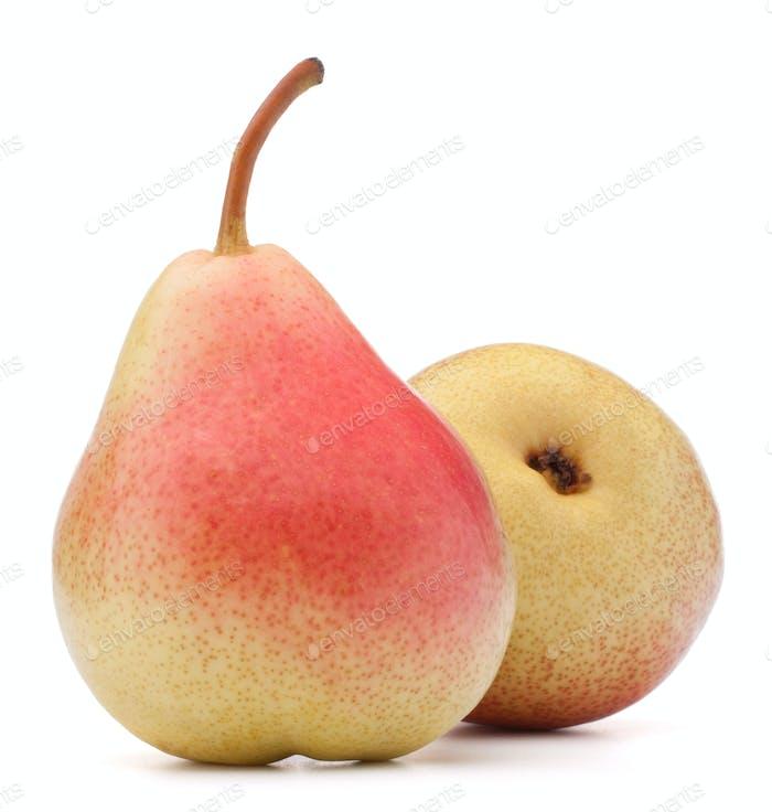 Reife Birnenfrucht isoliert auf weißem Hintergrund Ausschnitt