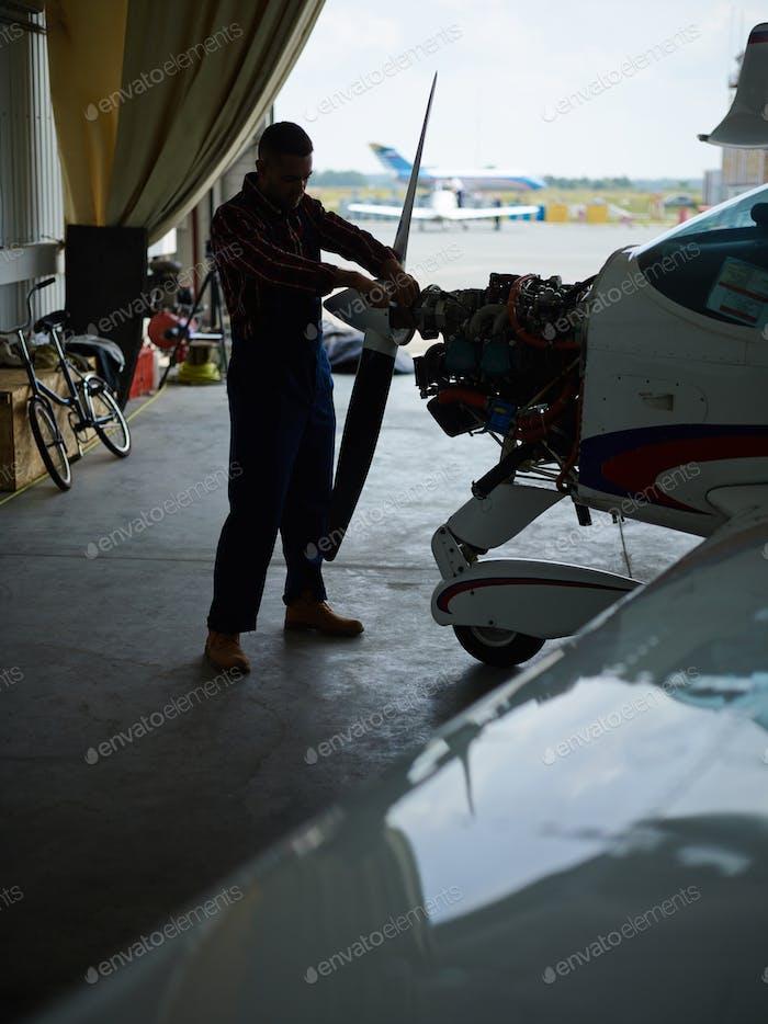 Jetliner maintenance