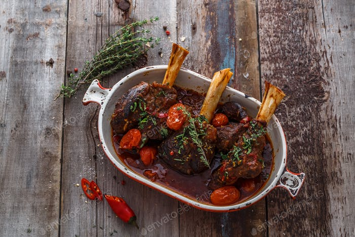 Lamb shank braised in tomato sauce, top view