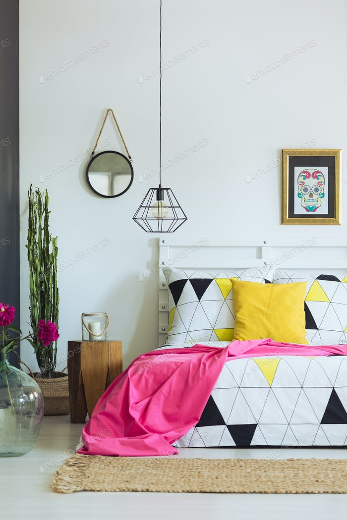 Geometric bedroom design, triangle quilt
