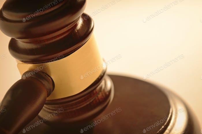 Judge or auctioneers gavel