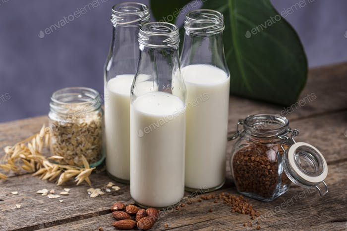 Laktosefreie nicht-milchige Buchweizenmilch
