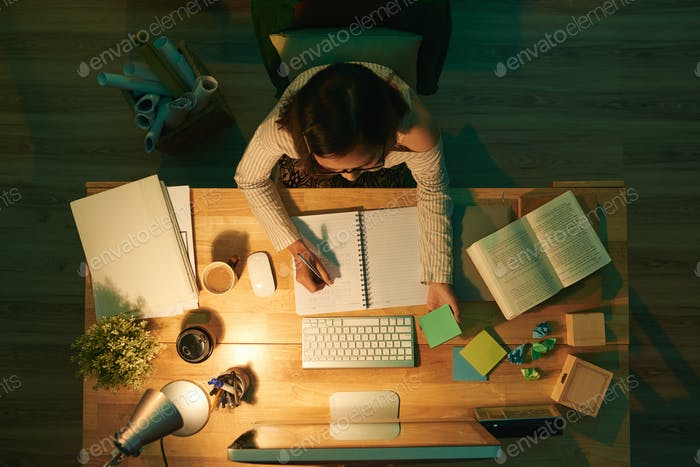 Estudiar por la noche