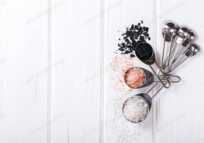 Salt,white,black,pink measuring spoons