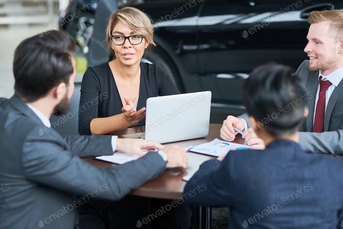 Arbeitstreffen der Autohändler