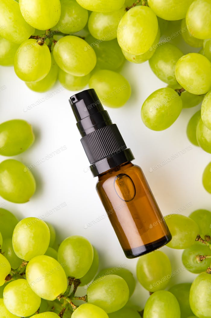 Grape Seed Oil. Pure, Natural. Aromatherapy, Massage Base Oil, Sunscreen