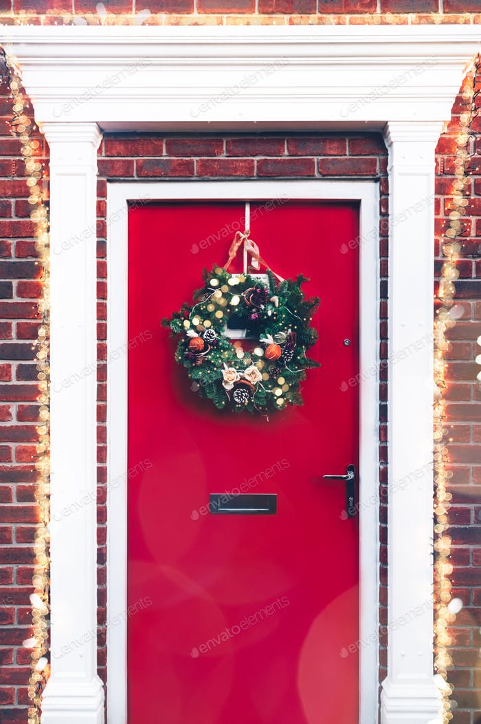 Eco friendly Christmas wreath, zero waste