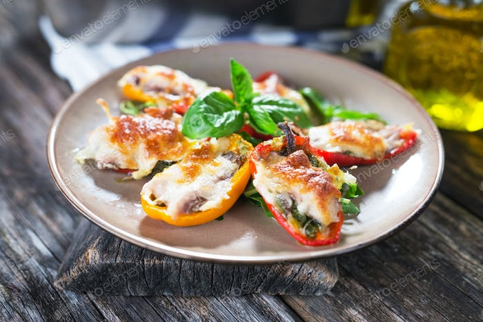 4Stuffed peppers with sardines and mozzarella