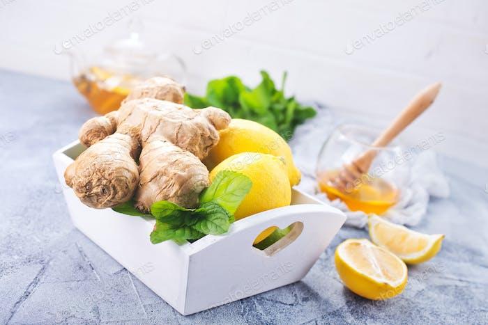 lemon,mint and gingers
