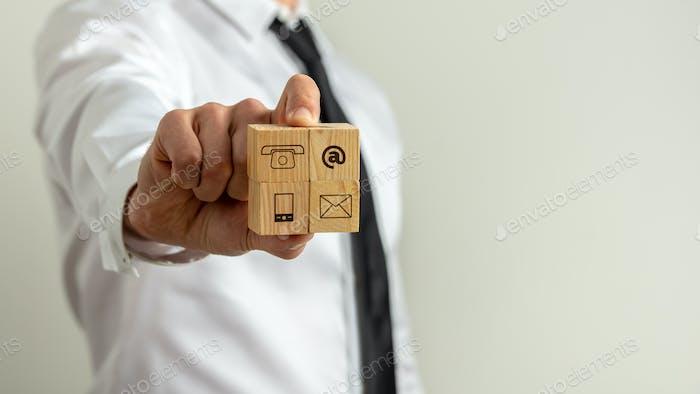 Contacto empresarial y comunicación