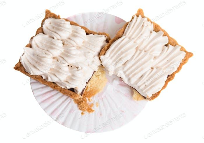 Delicious meringue cake.