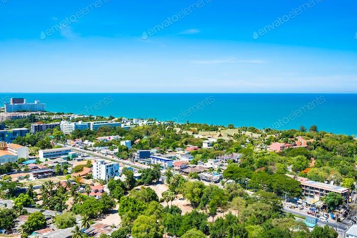 Schöne Landschaft und Stadtbild von hua hin fast Meer Strand und