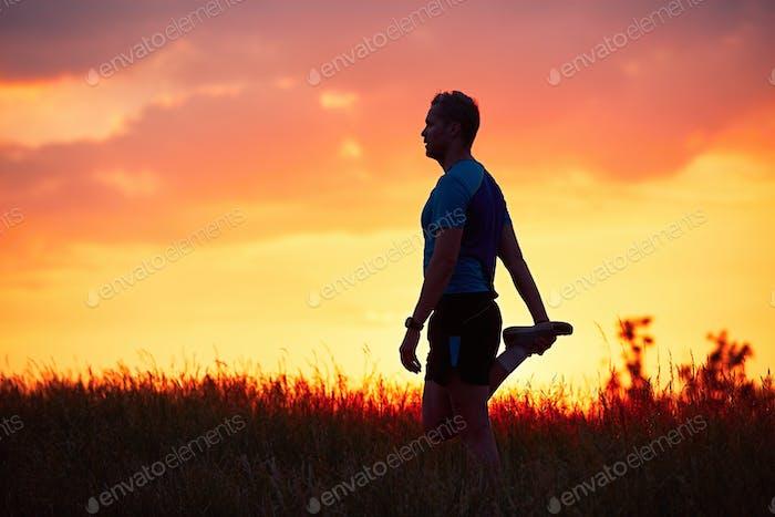Läufer bei Sonnenuntergang