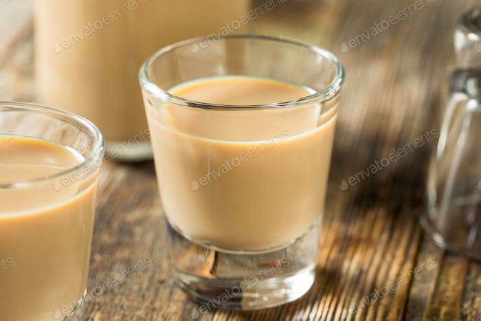 Homemade Sweet Irish Cream Liquor