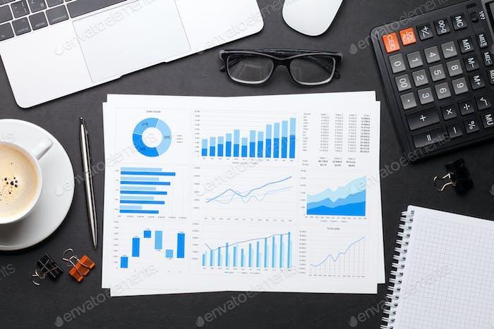 Arbeitsplatz-Tabelle mit Berichtsseite