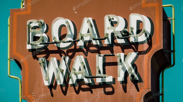 Retro Boardwalk Schild