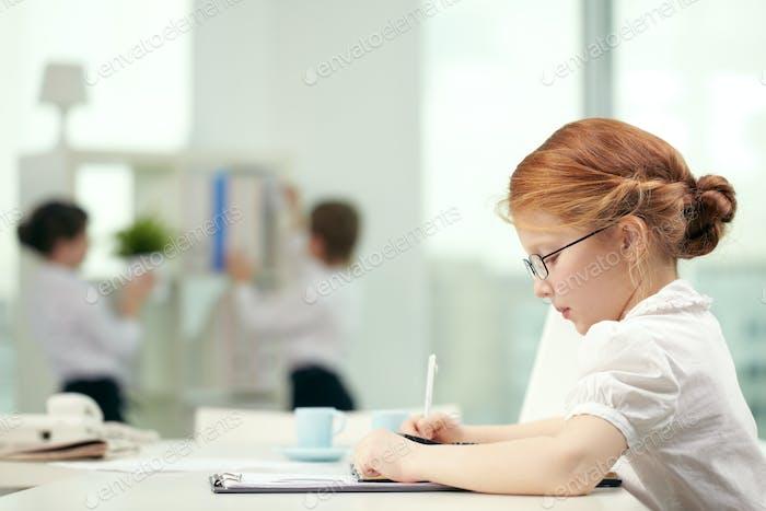 Studieren Mädchen