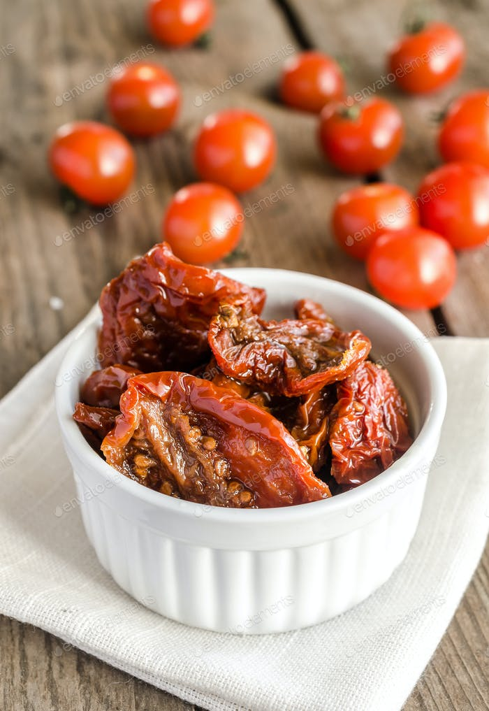 Sun dried and fresh tomatoes