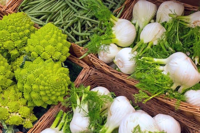Romanesco broccoli and fennel