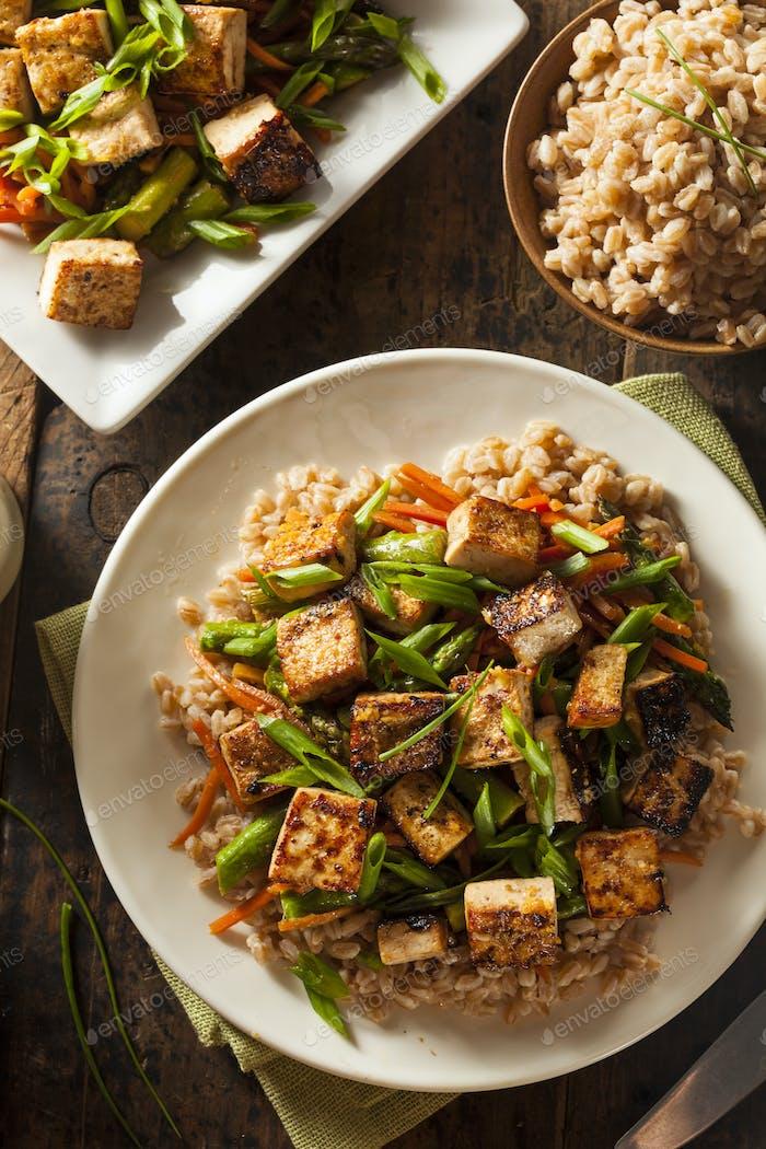 Hausgemachte Tofu Stir Fry