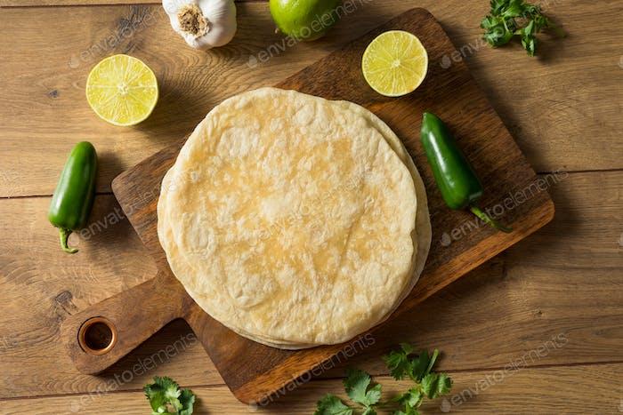 Hausgemachtes frisches Mehl Tortillas