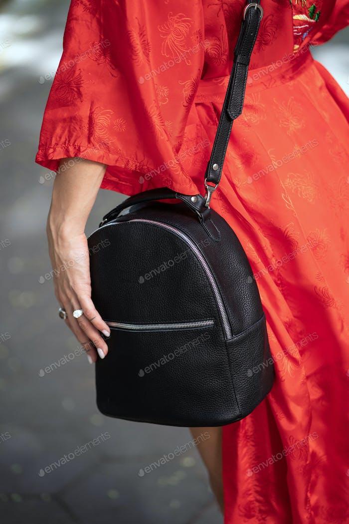 Modische, schöne Damen Tasche aus einem engen Winkel