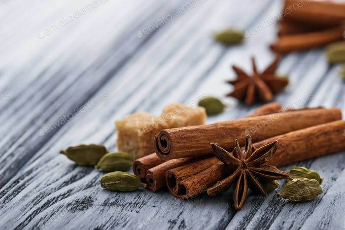 Cinnamon sticks, star anise, cardamom