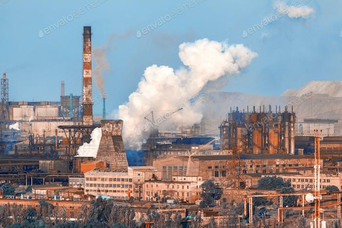 Industrielandschaft. Stahlfabrik. Schwerindustrie in Europa