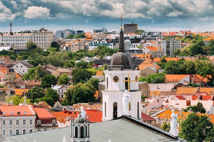 Vilnius, Litauen. Glockenturm in der Nähe von Kathedrale Basilika St.
