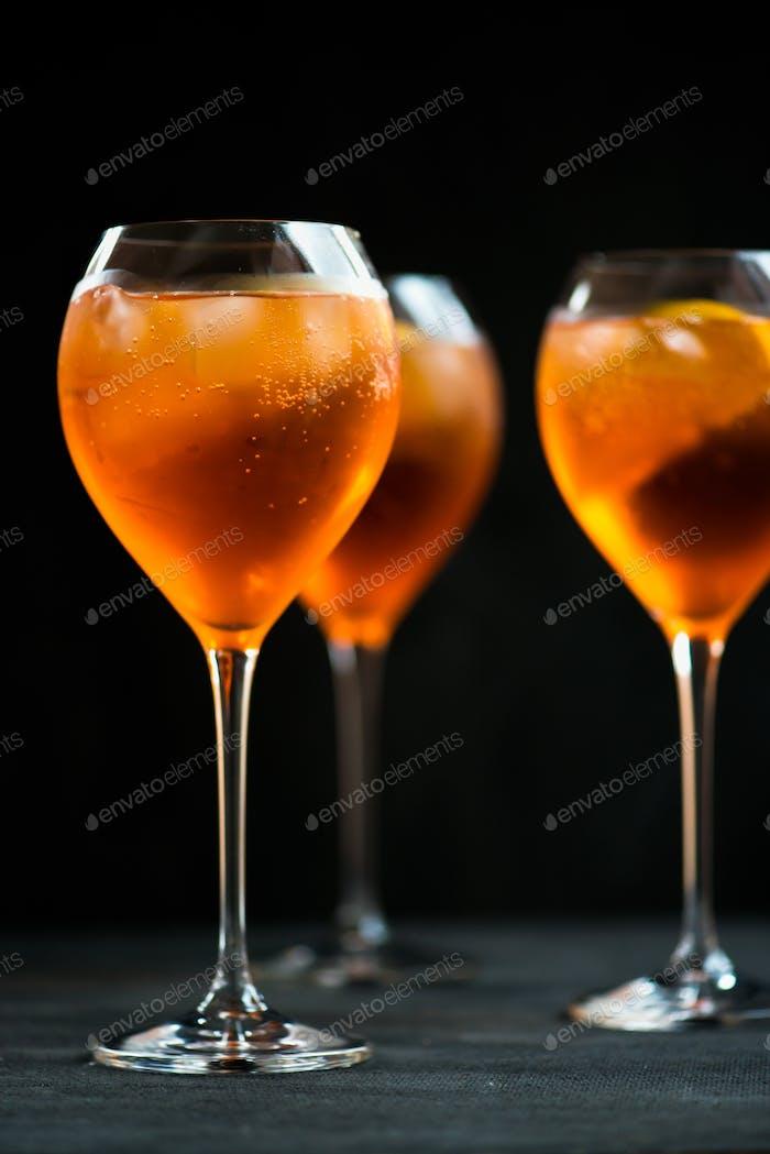 Sommer Erfrischende Aperitif Drink Aperol Spritz
