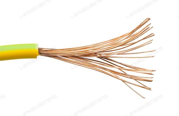 Freiliegende Kabel und Drähte