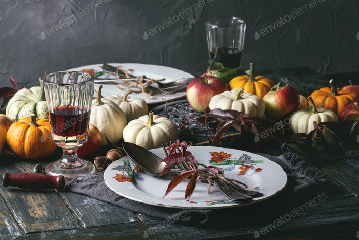 Holiday table decoration