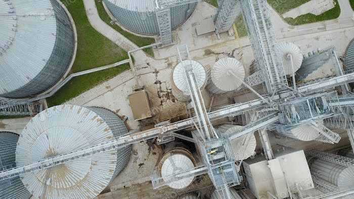 Bird's eye view of granaries and elevators