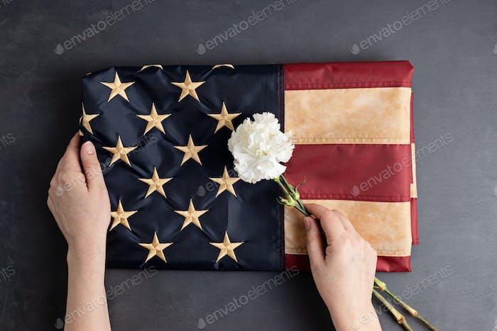 Fondo patriótico con bandera americana vintage. 4 de julio, día conmemorativo o del trabajo
