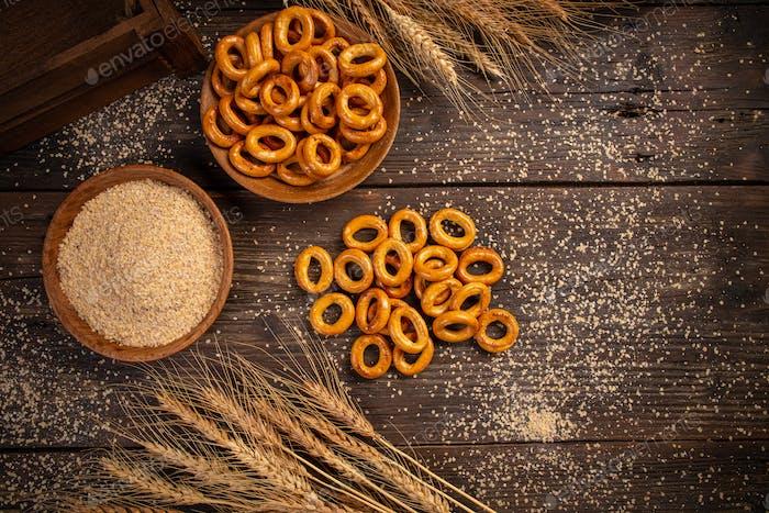 Mini pretzel rings