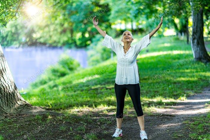 Mindful walking, feeling free
