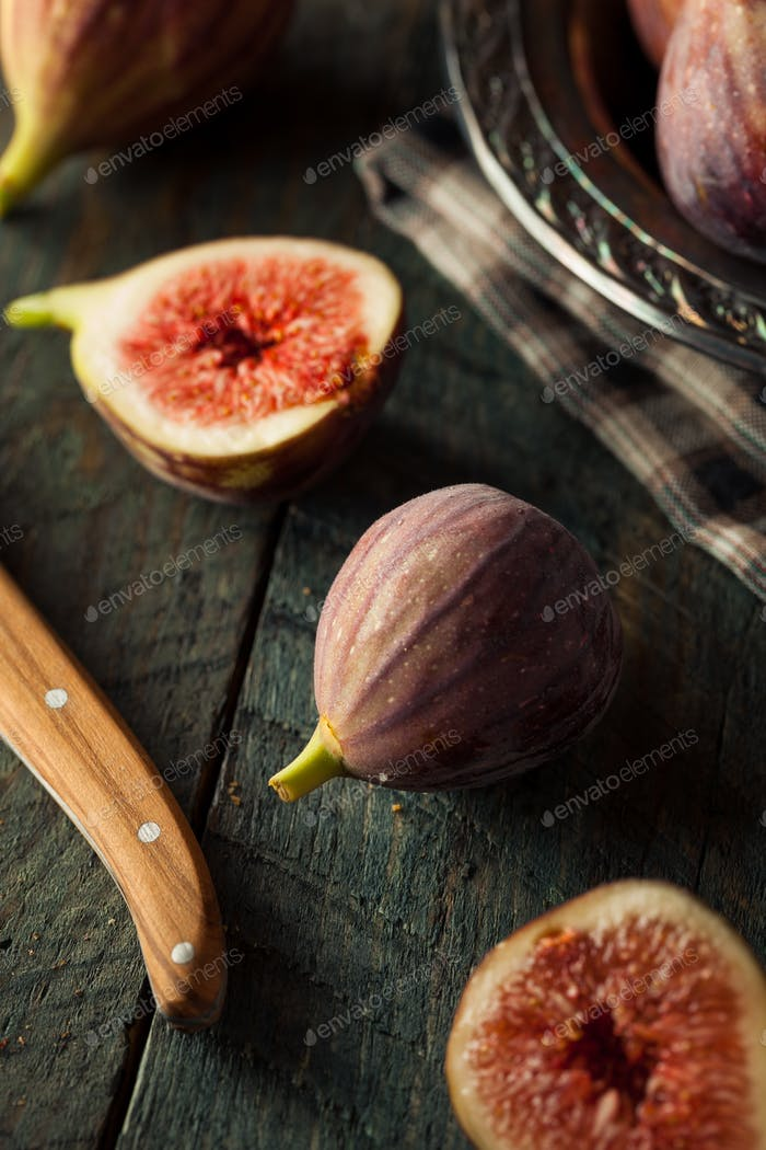 Raw Organic Brown Figs