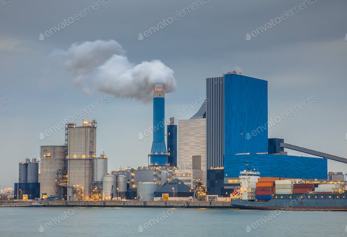 Coal powered power plant