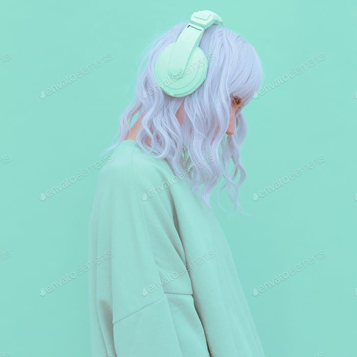 Vanilla Dj Girl. Monochrome Party style. Fresh aesthetic mint colours
