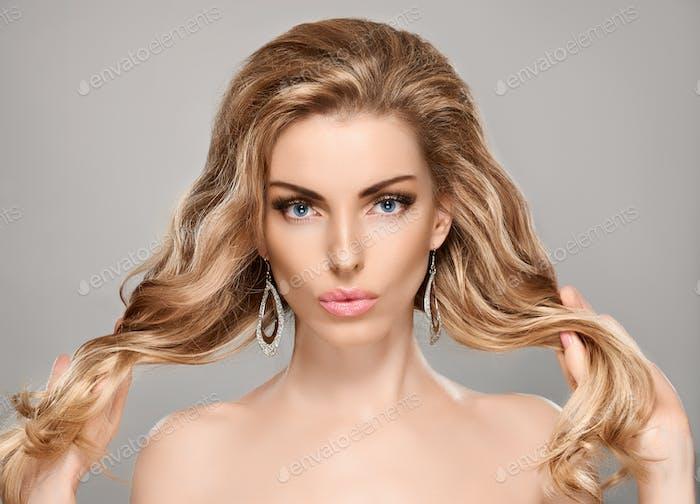 Beauty portrait woman, blue eyes, natural makeup