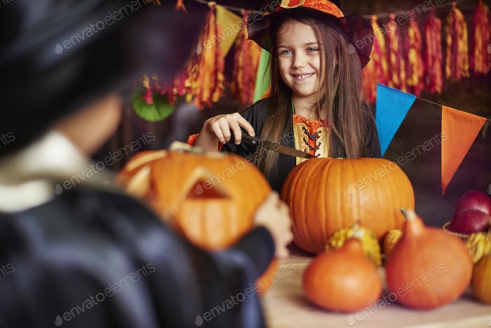 Carving a pumpkin is a typical American culture