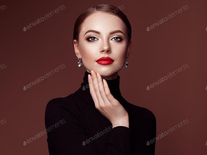 Beautiful woman face with perfect makeup