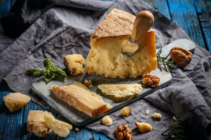Parmigiano reggiano parmesan cheese