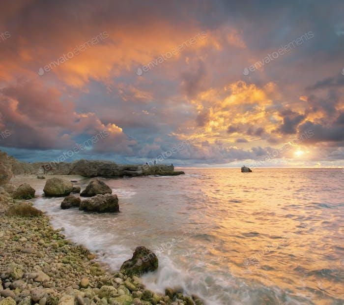 Hermosa naturaleza del paisaje marino.