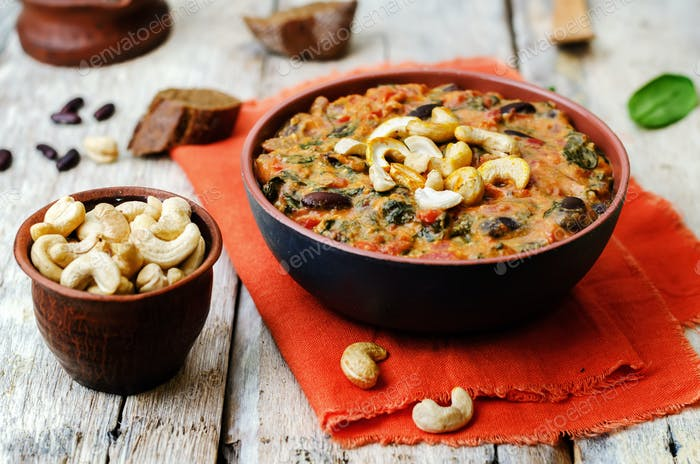 cashew butter spinach and red bean stew