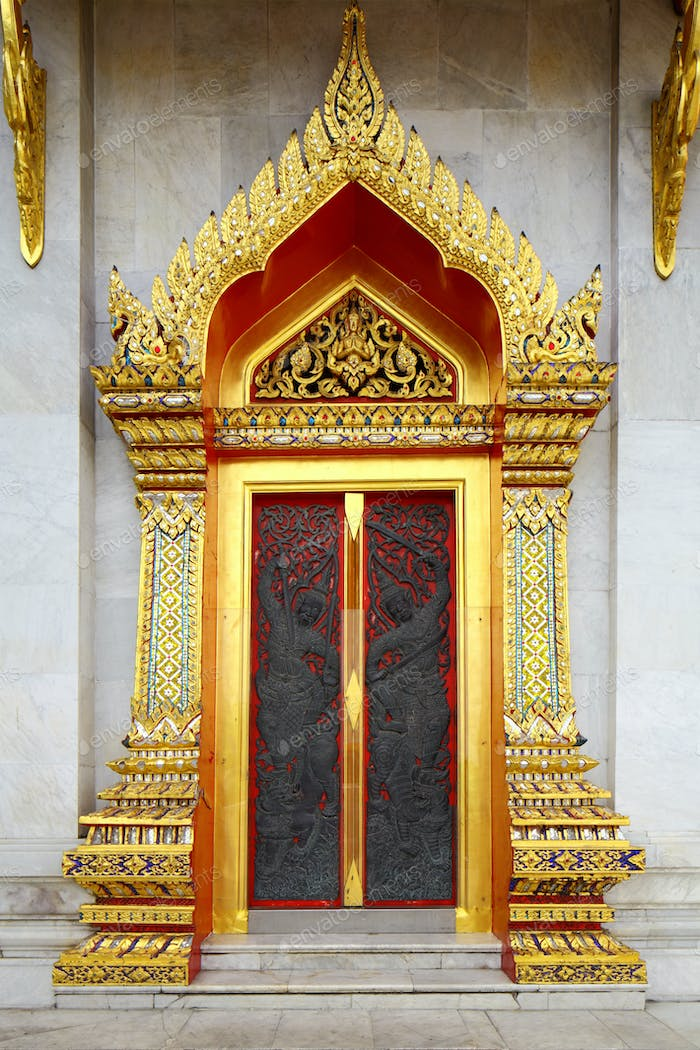 Thailand temple entrance