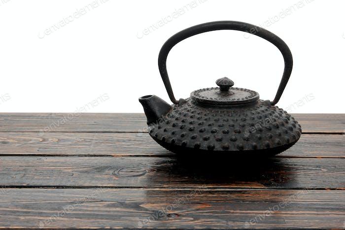 Teekanne aus Eisen