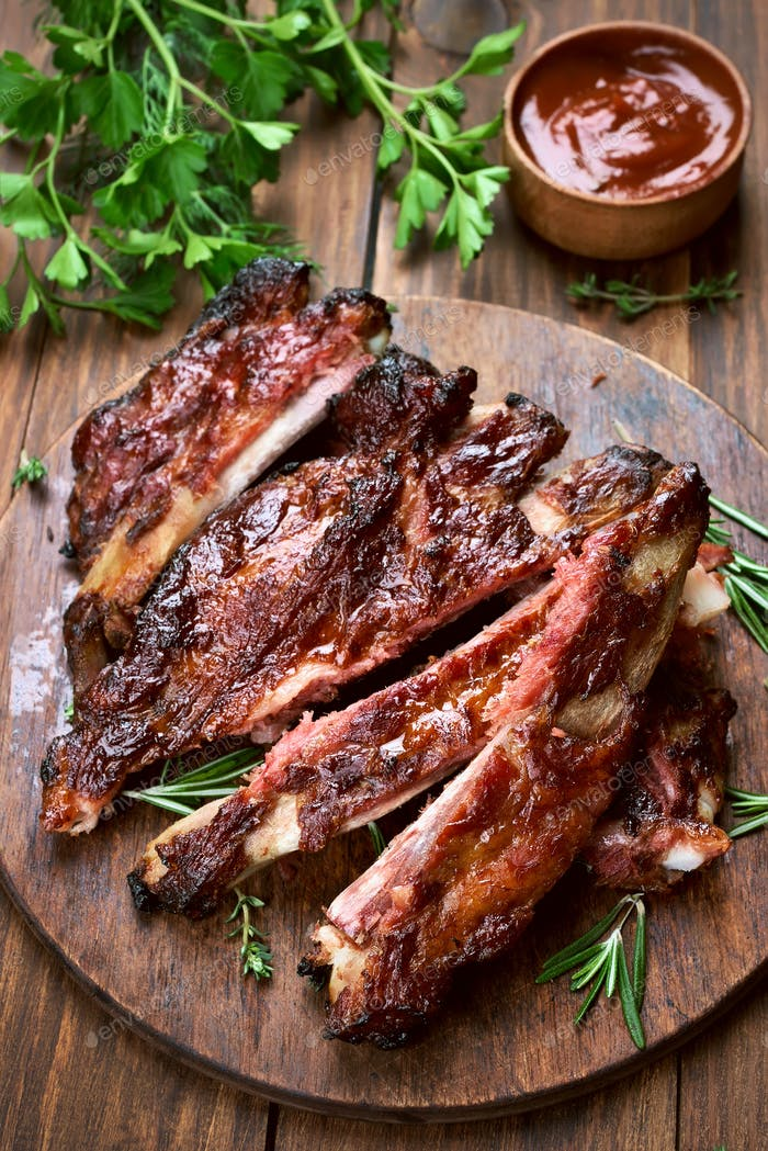 Grilled sliced barbecue pork ribs