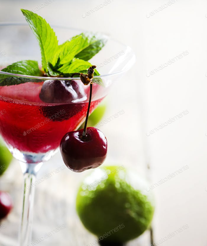 Kirsch-Cocktail
