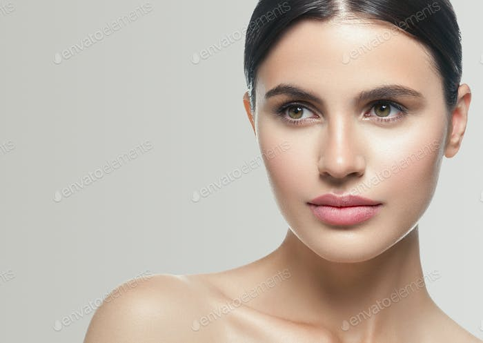 Beauty skin woman face healthy skin beautiful model close up face natural makeup brunette